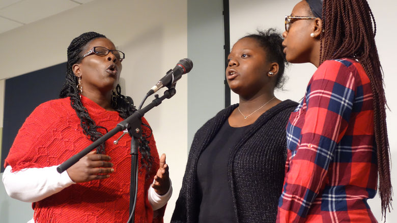 Sister Sunya Wilson and daughters perform
