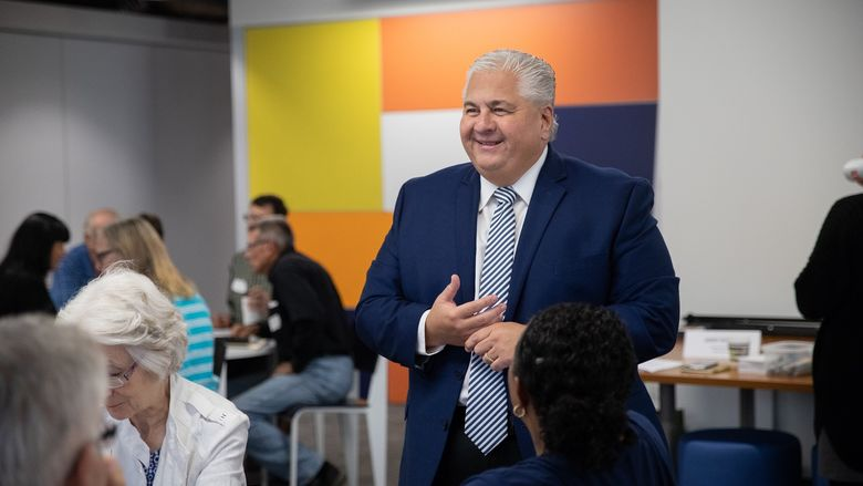 Mayor smiles during reNew Kensington Community Workshop